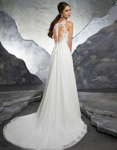 abito da sposa modello 5606 di Morilee Madeline Gardner