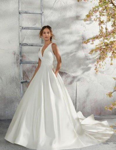 abito da sposa modello 5684 di Morilee Madeline Gardner