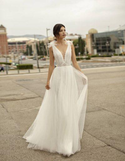 Abito da sposa modello Onasis di Rosa Clarà
