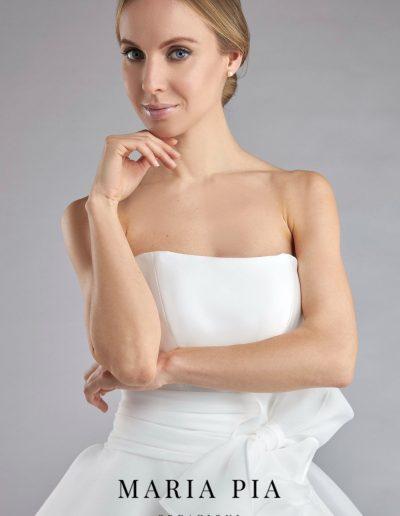 Abito da sposa modello Brigitte di Maria Pia Creazioni