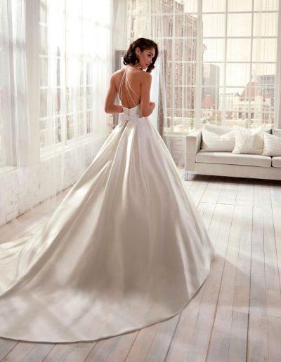 Abito da sposa modello 20621 Jolie di Nicole