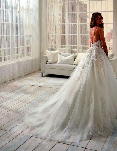 Abito da sposa modello 20781 Jolie di Nicole