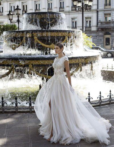 Abito da sposa modello Stephanie di Riki Dalal