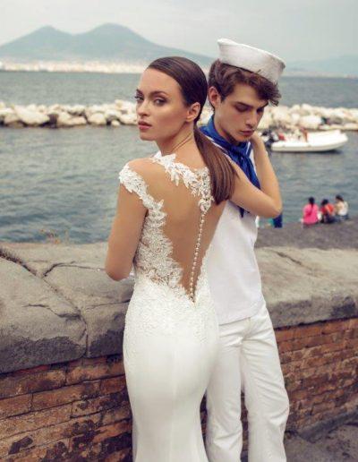 Vestito da sposa a sirena con gonna in cady